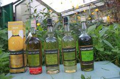 Belle dégustation de #chartreuse coté jardin, voironnes et tarragones 1960--80's