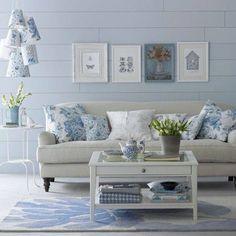 Sala acolhedoramente azul