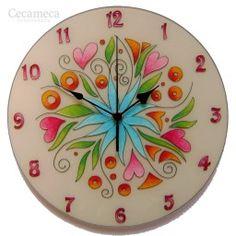Egyedi, kézzel festett, üveg falióra, hangtalanul működő óraszerkezettel. Decorative Plates, Clock, Wall, Home Decor, Watch, Decoration Home, Room Decor, Clocks, The Hours