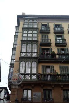 Miradores de Bilbao, plaza de Santiago en el Casco Viejo