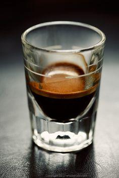 White Plate: Espresso