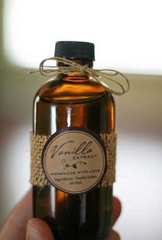 Simple DIY Christmas Gift Ideas - Pure Vanilla Extract - Click pic for 25 Handmade Christmas Gift Ideas