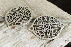 Elephant Charm//Pendant Tibetan Steampunk Antique Bronze 11mm  30 Charms Crafts