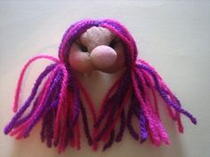 broche muñeca soft fucsia y morado Dreadlocks, Hair Styles, Beauty, Fashion, Hot Pink, Fairies, Tent, Beleza, Dreads