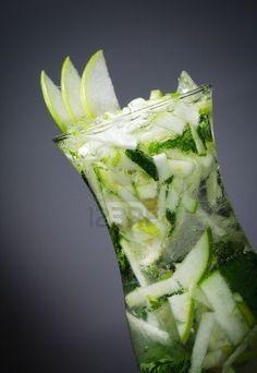 Cocktail - Apple Mojito à la menthe fraîche et Soda Banque d'images
