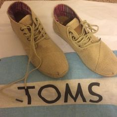 TOMS booties gently worn Gently worn darling woven TOMS in Tan -small stain see pic TOMS Shoes Ankle Boots & Booties