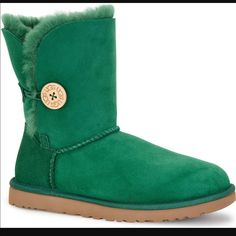 Brand New Bailey Button Uggs Size 9