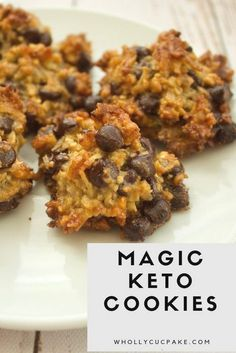 magic keto cookies - intrigued to see if these become a pooled mess in the oven. magic keto cookies - intrigued to see if these become a pooled mess in the oven. Keto Cookies, Cookies Receta, Healthy No Bake Cookies, Coconut Flour Cookies, Keto Peanut Butter Cookies, Cheese Cookies, Health Cookies, Diabetic Cookies, Keto Donuts