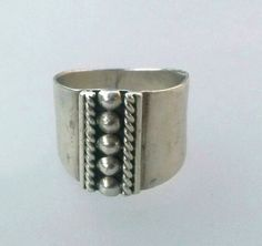 Vintage .925 Mexican Sterling Silver Band Ring by PastsPresents, $22.99