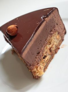 Royal Chocolate (Trianon) - Entremet recipe Olivia Patisse - new - Chocolate Mousse Cake Filling, Chocolate Cake Recipe Easy, Chocolate Recipes, Easy Cake Recipes, Sweet Recipes, Dessert Recipes, Entremet Recipe, Chocolate Fit, Specialty Cakes