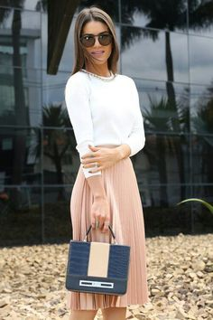 I am loving this chic look