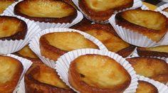 Portuguese Milk Tarts Recipe - Portuguese Recipes - Food Recipes from Portugal Tart Recipes, Cupcake Recipes, Dessert Recipes, Cooking Recipes, Egg Desserts, Cuban Desserts, Hawaiian Desserts, Dessert Food, Milk Recipes