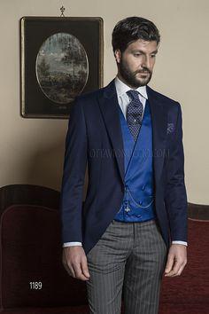 Abito sposo Demi-Tight Redingote in misto lana blu