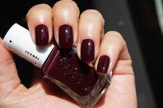 Essie Gel Couture - 370 Model Clicks