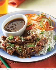 Korean Beef Bulgogi with Spicy Pickled Vegetables & Rice Noodles (made it with rice) _ YUM - CUISINE RECIPES