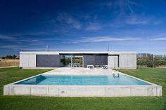 Vivienda en Zamora hecha de hormigón y sostenibilidad, por Javier de Antón Freile | diseño de interiores en casa