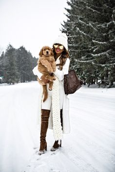 15 JAN, 2018 How To Wear Winter White - Outfit Details: Free People Beanie Free People Scarf Willow + Clay White Cardigan Sweater White Denim Stuart Weitzman Over-The-Knee Boots Louis Vuitton Neverfull MM Quay Gold Aviators How To Wear Cardigan, White Cardigan, Long Cardigan, Boating Outfit, Winter Mode, White Outfits, Winter Boots, Outfit Winter, Mode Inspiration