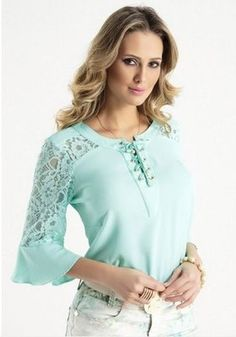 Moda Blouse Styles, Blouse Designs, Dress Making Patterns, Girls Blouse, Blouse And Skirt, Clothing Hacks, Lace Sleeves, Trendy Dresses, Couture Dresses