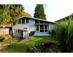 Post and Beam Mid Century Home in Mission BC | mid century modern ...