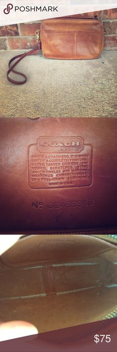Vintage Coach leather crossbody bag  Natural glove tanned cowhide. Normal wear on the outside. Strap is removable with hardware. Inner lining has come apart ever so slightly, but does not affect how it carries items! Super cute bag and totally vintage. Great deal! Coach Bags Crossbody Bags