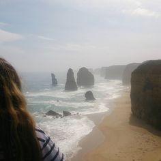 Pensando en lo insignificante que es uno cuando la naturaleza es tan grande. #12apostles #12apostoles #portcampbell #portcambellnationalpark #greatoceanroad #beach #sea #nature #lovenature #naturaleza #arena #atardecer #sand #victoria #Australia #visitaustralia #visitgreatoceanroad #visitvictoria #picoftheday #rocks #greatoceanroad by alexandraeeks http://ift.tt/1ijk11S