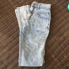 Urban outfitters faded high rise jeans Worn couple times. No flaws. Urban Outfitters Jeans Skinny