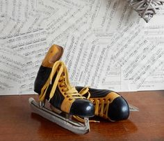 Vintage ice skates , collectables, retro , boho by Route46Vintage on Etsy