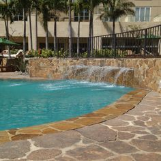 The intercontinental Hotel in San Jose Costa Rica. Love the pool edge and how the water flows over it. San Jose Costa Rica, Places Ive Been, To Go, Water, Outdoor Decor, Travel, Gripe Water, Viajes, Trips