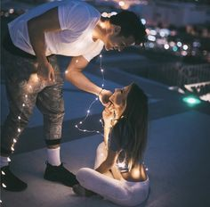 *couple goals with lights*/*fotos en pareja con luces*/ Relationship Goals Pictures, Couple Relationship, Cute Relationships, Cute Couple Pictures, Love Photos, Couple Posing, Couple Shoot, Couple Tumblr, Couple Goals Cuddling