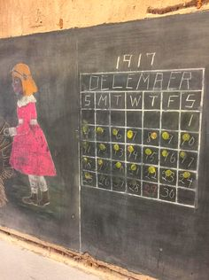 Oklahoma City school removes blackboards to find some from 1917 intact beneath them!