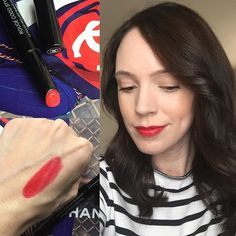 But this new Chanel Rouge Coco Stylo in 206 Histoire though. Chanel, Makeup Inspiration, Makeup Looks, Hair Makeup, Coral, Lips, Fashion Trends, Beauty, Coupon