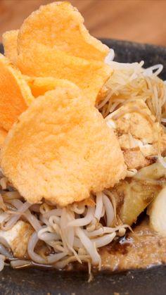 Malay Food, Malaysian Food, Indonesian Food, Food Menu, Diy Food, Cooking Recipes, Easy Cooking, No Cook Meals, Asian Recipes