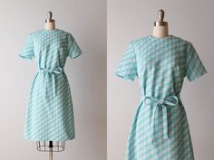 Vintage 1960s Dress / 60s Dress / Scooter Dress / Short Sleeve / White Caps on Etsy, $34.00
