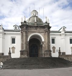 Picture of Quito Cathedral, Quito, Ecuador | PlanetWare