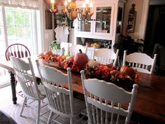 .<3 this table and chairs