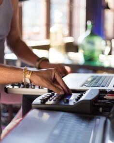 Fitbit, Music, Fashion, Musica, Moda, Musik, Fashion Styles, Muziek, Music Activities