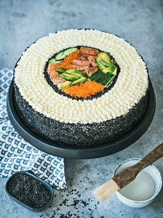 Sushi-voileipäkakku Sweet And Salty, Cake, Desserts, Instagram, Tailgate Desserts, Deserts, Kuchen, Postres, Dessert