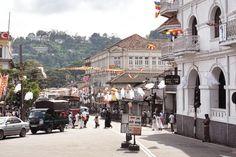 THE MOOD : Vesak Poya, Kandy, Sri Lanka #srilanka #kandy #vesakpoya #buddhist #fullmoon #thevoyageur