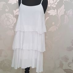 #abito #bianco #balze #valeria #abbigliamento
