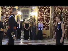 Mientras Puigdemont está en Bélgica el Rey Felipe VI sigue con sus saraos