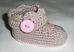 Sa invatam sa crosetam si sa tricotam: Botosei Crosetati - pas cu pas (Crocheted booties -step by step)