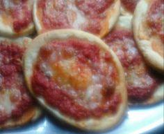 Ricetta Pizzette veloci senza lievitazione pubblicata da bibetta3 - Questa ricetta è nella categoria Prodotti da forno salati