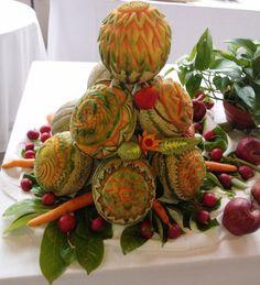 Centro Tavola meloni Fruit Carving: intaglio frutta e verdura