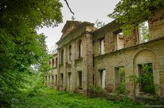 Ruins of abandoned estate Islavskoye