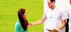 Awww!!! What a cute Prince William and princes Kate moment!!!