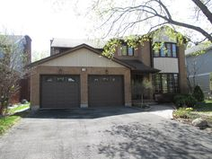 Estate sale from classy Upper Hunt Club home – 114 Topley Crescent, Ottawa ON. Sale will take place Sunday, May 10th 2015, from 8am to 2pm. Visit www.sellmystuffcanada.com to view photos of all available items!