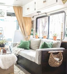 40+ top rv living hacks makeover and renovations tips ideas to make your road trips awesome (42)
