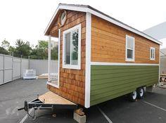 198 sq ft custom Tiny House Professionlly built with loft full kitchen bathroom hardwoods ect.