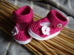 Crochet Baby Booties crocheted baby shoes...