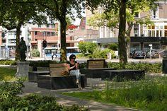 Streetfurniture, Straatmeubilair / Zitmeubilair Nijmegen. Zitblokken Designed by Bureau Stoep